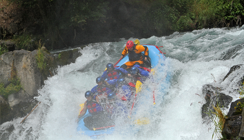 Husum Falls, White Salmon River